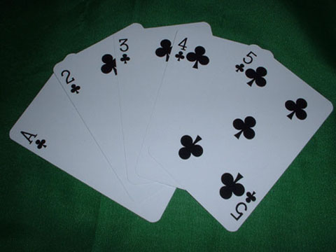 Does a straight beat a flush in 5 card poker